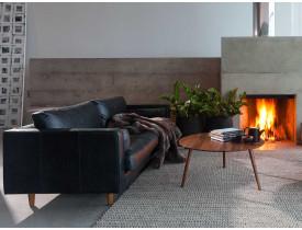 sofa-moderno-apartamento-design-preto-couro-bem-estar